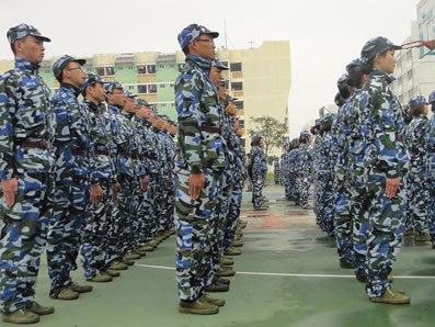 人众人课程体验式军训